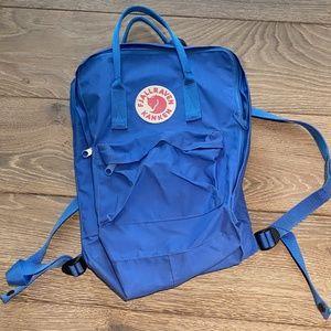 NWOT Bright Blue Fjallraven Kanken Backpack